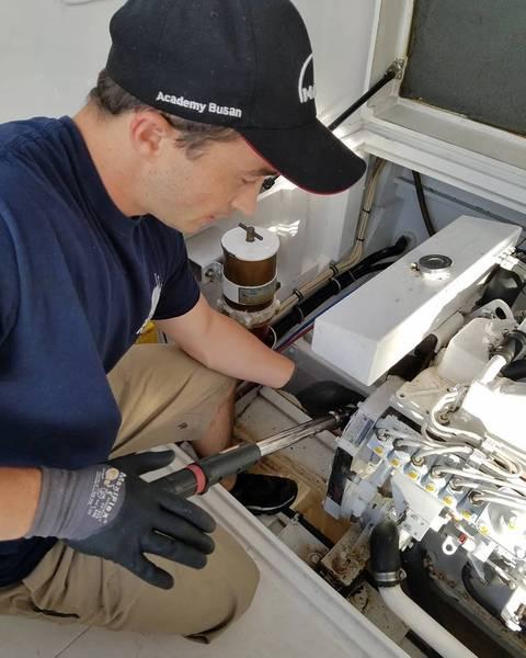 Ο θαλάσσιος μηχανικός Rob Fletcher της FHGME. Φωτογραφία ευγένεια FHGME.