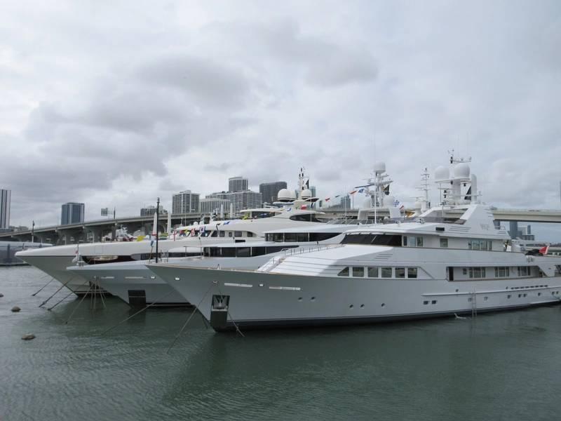 Супер-яхт-шоу в Майами 2018.Фото Лизы Оверинг