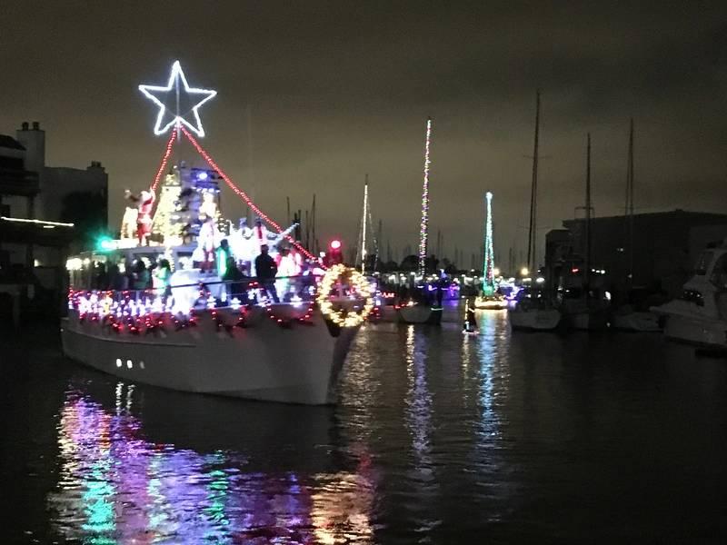 M / V Южная Звезда. Уэст-Энд Лодка Парад Новый Орлеан. Фото Лизы Оверинг