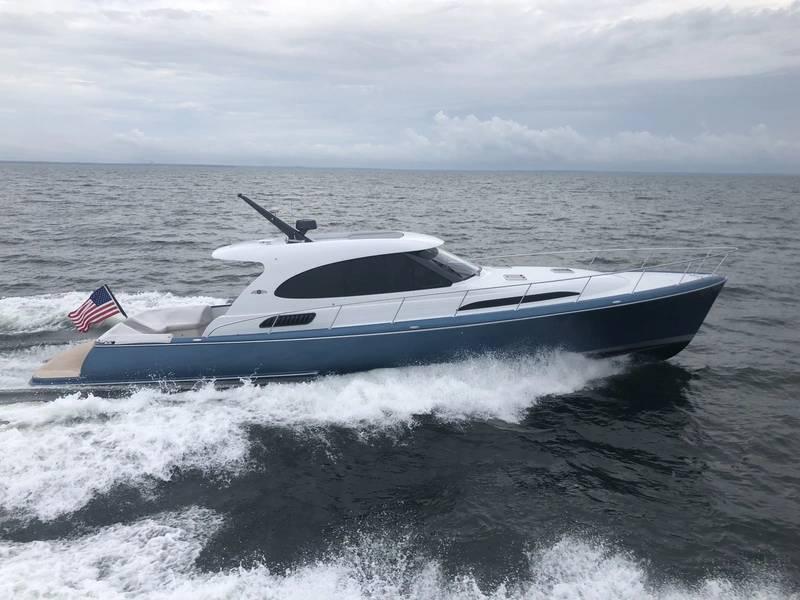 पाम बीच GT50। फोटो सौजन्य पाम बीच मोटर नौका।
