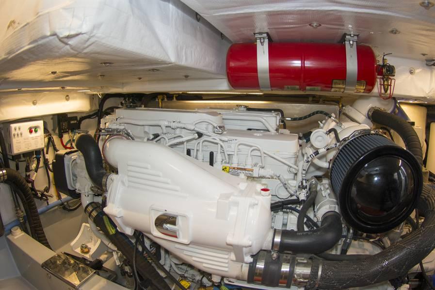 Cummins poder em uma sala de máquinas imaculada e bem definida. Foto: Haig-Brown / Cummins