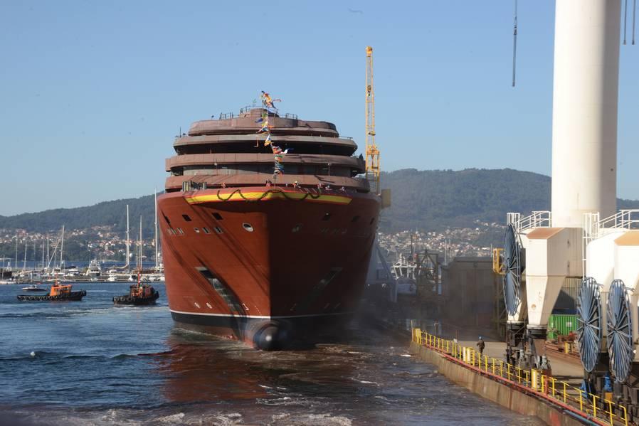 Lanzado en octubre de 2018 en el astillero Hijos de J. Barreras en Vigo, España, el buque insignia de la nueva marca se encuentra ahora en el equipamiento y acabado de interiores. Crédito de la foto: The Ritz Carlton Yacht Collection.
