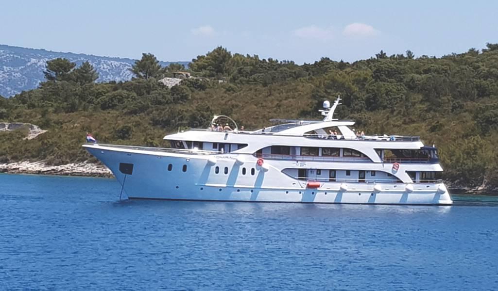 Mladin家の2016年に建造された船Admiral(写真提供のMladin家族)は、