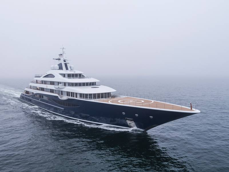 M / Y TIS Photo by Klaus Jordan