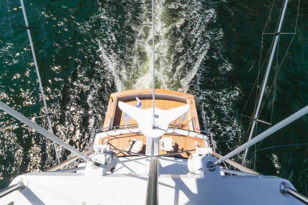 Torre de atún M / Y Comanche cortesía de Gilman Yachts
