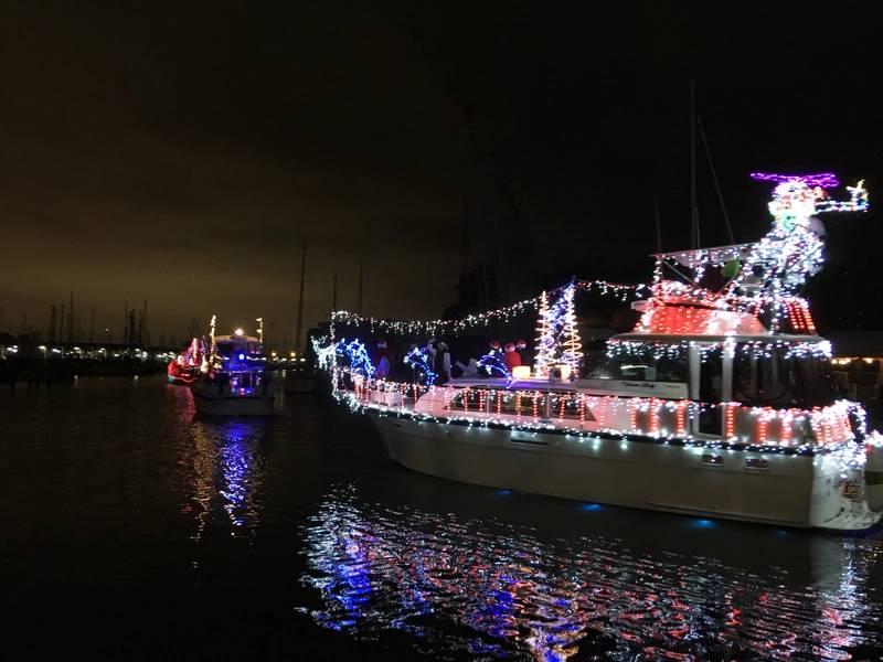 West End Boat Parade، New Basin Canal. نيو أورليانز. تصوير ليزا اوفرنج