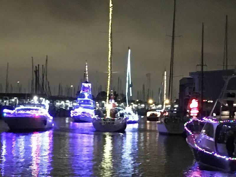 West End Boat Parade in New Orleans. Foto von Lisa Overing