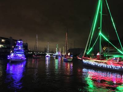 Уэст-Энд Лодка Парад, Новый канал бассейна. Жители Нового Орлеана. Фото Лизы Оверинг