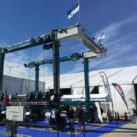 The 75-ton BFM II mobile boat hoist at the Miami International Boat Show, February 2015 (Photo courtesy of Marine Travelift)