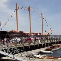 Visitors Board SSV Oliver Hazard Perry: Photo credit