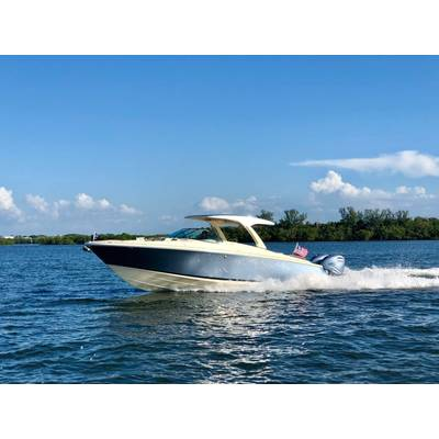 Chris Craft Launch 35GT courtesy Chris Craft