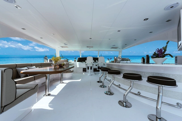 PC74 (Photo: Horizon Yachts USA)